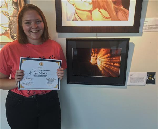 MWHS Artists Earn Awards at Juried Show