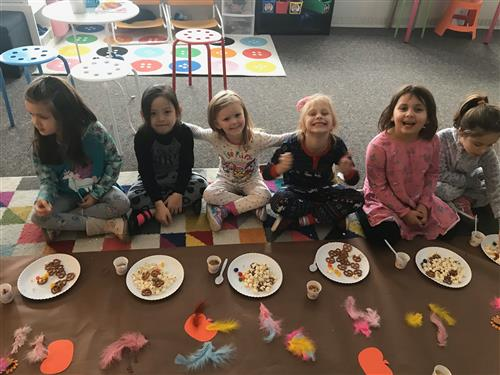 Students Celebrate Thanksgiving