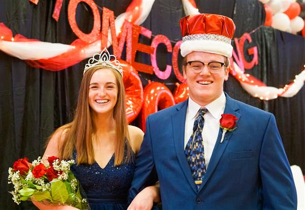 Queen Melissa and King Ryan Preside Over Homecoming
