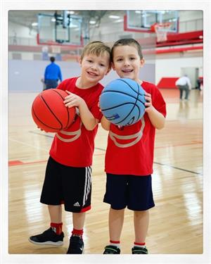 youth basketball players